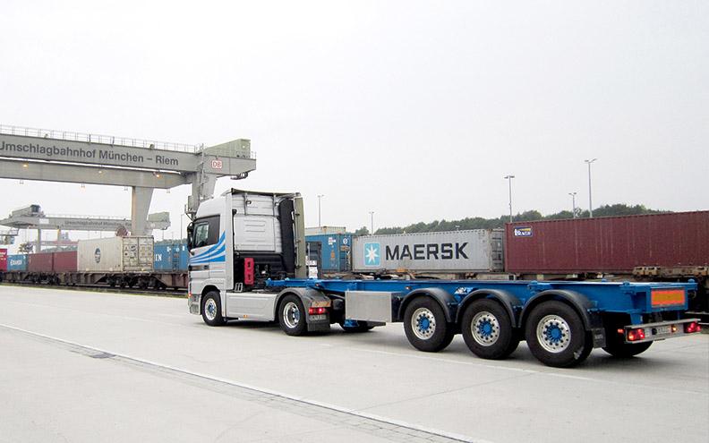 Transportfahrten mit Ihren Tankcontainern